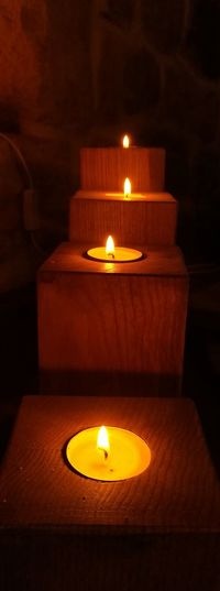 Bougies En Chêne Massif Fais Main Candle Flame Burning Heat - Temperature Indoors  No People Illuminated