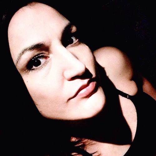 Hello World Selfie Time Everything Is Possible EyeEm Gallery Dark Eyes