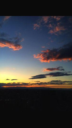 Sunset Sky Clouds And Sky Shinjyuku Sky 新宿パークタワー。まいど休憩室から。