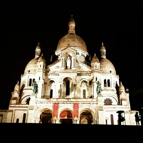 Night Travel Destinations Architecture Travel Religion Government History City Built Structure Illuminated No People Place Of Worship Outdoors Sky France Paris Cityscape Cultures Architecture City Sacré-Coeur Sacré-Cœur De Montmartre