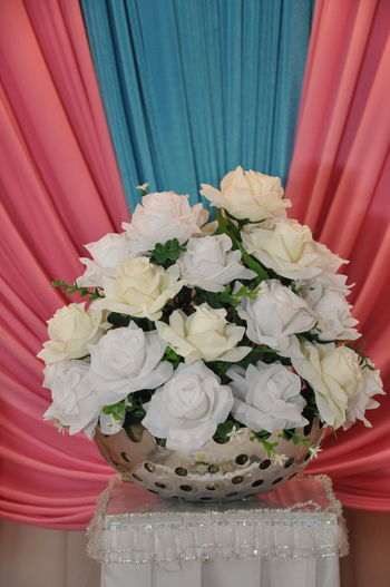 This a equipment that use at wedding place. It like a culture for Malay. Celebration Flower Indoors  No People Plastic Flowers Rose - Flower Wedding Wedding Equipment
