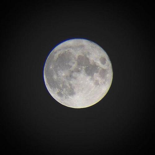 Christmasfullmoon Oslo Norway Fullmoon Luna Astrophotography Moon_of_the_day Moon_awards Ig_astrophotography BeAmazed Skywatchertelescope Moon