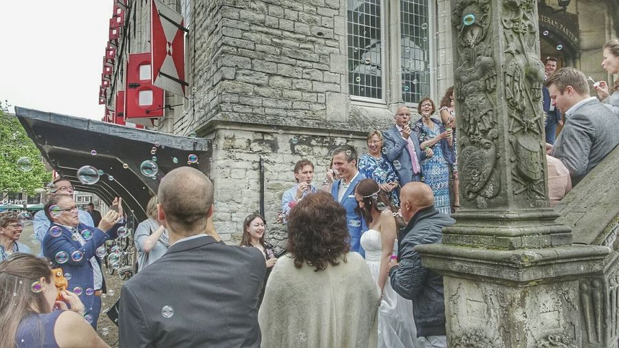 Just Married Love Is In The Air Gouda Townhall Bubbles... Bubbles...Bubbles.... Historical Place Check This Out Walking Around Taking Photos The Photojournalist - 2016 EyeEm Awards The Following