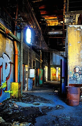 Rotten Places Colorful Old Ruin Lost Places Check This Out Mashines ItsFRIDAY
