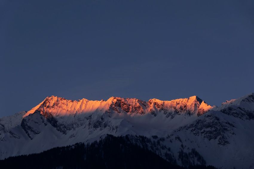 Beautiful morning sky with view to the Hohe Tauern 🇦🇹 Naturelovers Nature Photography Morning Sky Morning Light Morning Sunrise Nature_collection EyeEm Nature Lover EyeEm Best Shots EyeEm Selects Snow Mountain Winter Cold Temperature Beauty In Nature Nature Mountain Range Outdoors Tranquility Weather Snowcapped Mountain Scenics Landscape No People Physical Geography Day Low Angle View Clear Sky Sky Tree
