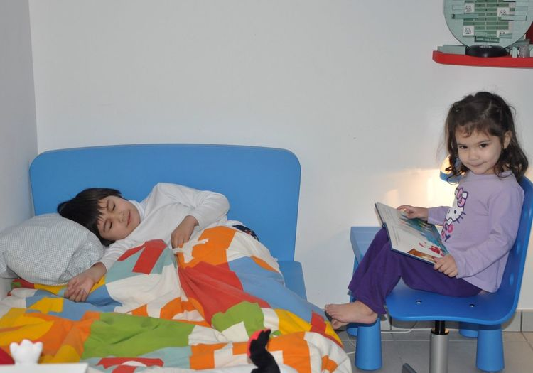 Love Them Happy Kids Complicity Brother & Sister Siblings Kidsphotography Innocence Girl Power Sleeping Time Story Time Sweet Dreams Kids Being Kids Personality  Daughter Everyday Emotion Childhood Memories Childhood