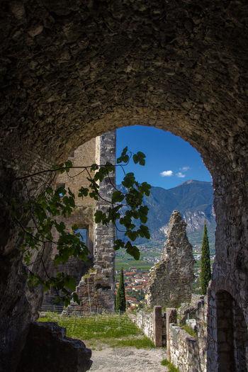 Verona Italy Italy🇮🇹 Sommer ♡ Sommertime Sommer Gardasee,Italien Natur Pur Natur Arco Schloss