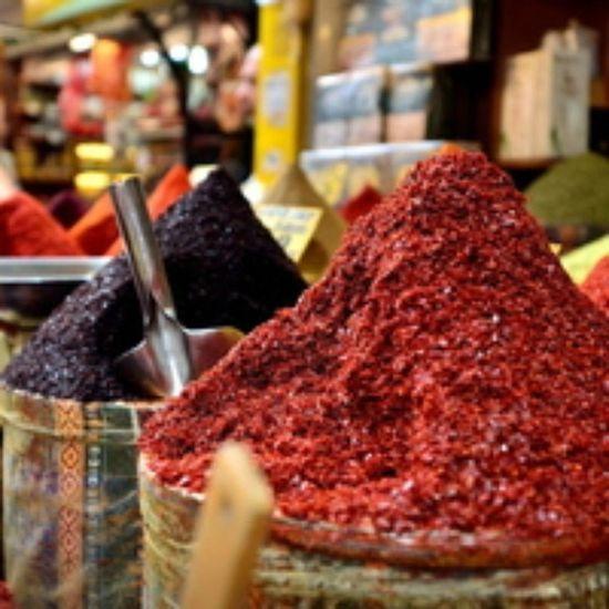 Aciyi bal eylemek... Biber Isot Aci Baharat  spices pepper hot food yemek istanbul