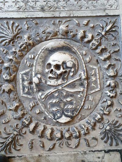 Skull Full