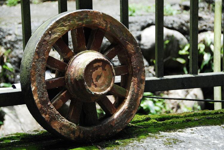 Abandoned Close-up Day No People Outdoors Rusty Wagon Wheel Wheel 牛車輪 Wheels Wheelchair Wheelie