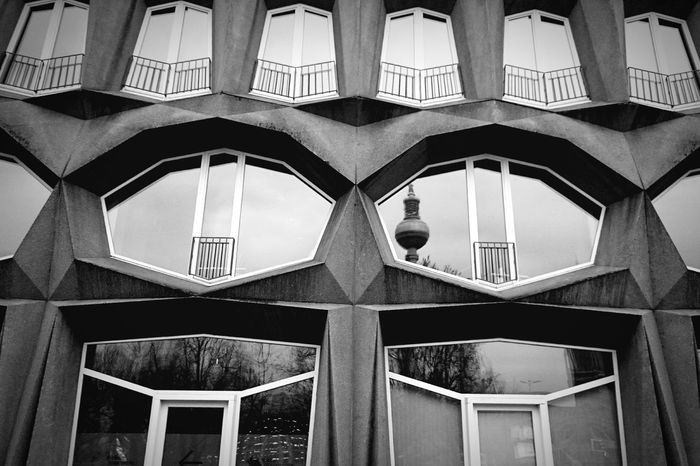 Architecture Berlin Shapes Germany Sony Xperia Z3 EyeEm Its Cold Outside
