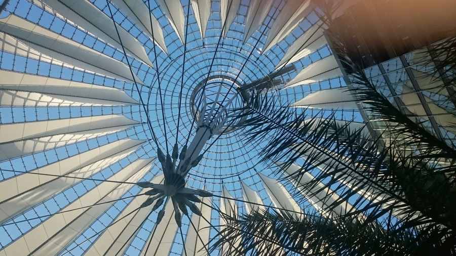 Dach im Sony-Center in Berlin Architecture Sky Built Structure City First Eyeem Photo The City Light