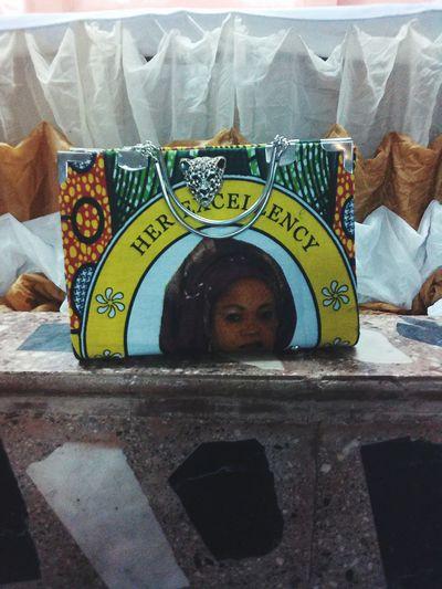 An Ankara handbag made for the first lady of Enugu State, Nigeria. Nigeria Creativity Bags Fashion&love&beauty Amazing Fashion Photography