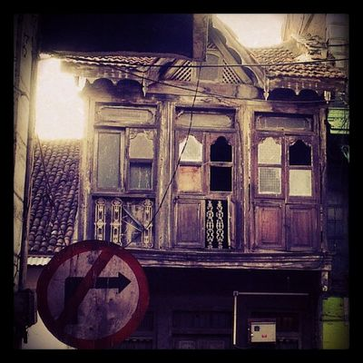 An old house that I came across.. Pune Camp Vintage Old spookystreetscapenoentry