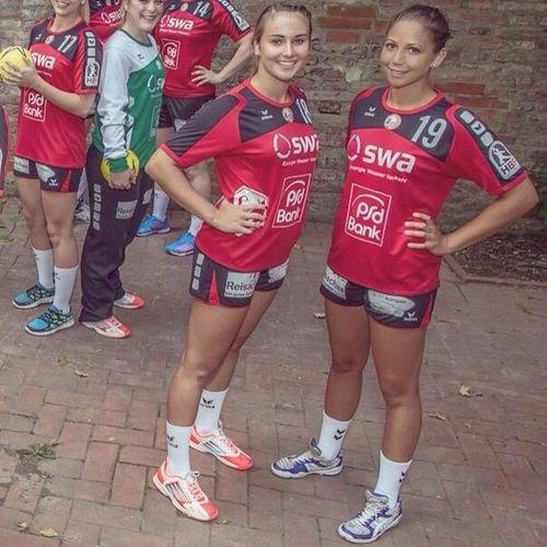 Bundesliga Handball Sport Photoshooting 2.bundesliga 2014/15 ❤️❤️ Youngsters '97 Halten für immer zusammen ☺️Zwillingspower ?❤️ TSV Haunstetten ❤️ ?sei rot?trag rot❗️❗️❤️