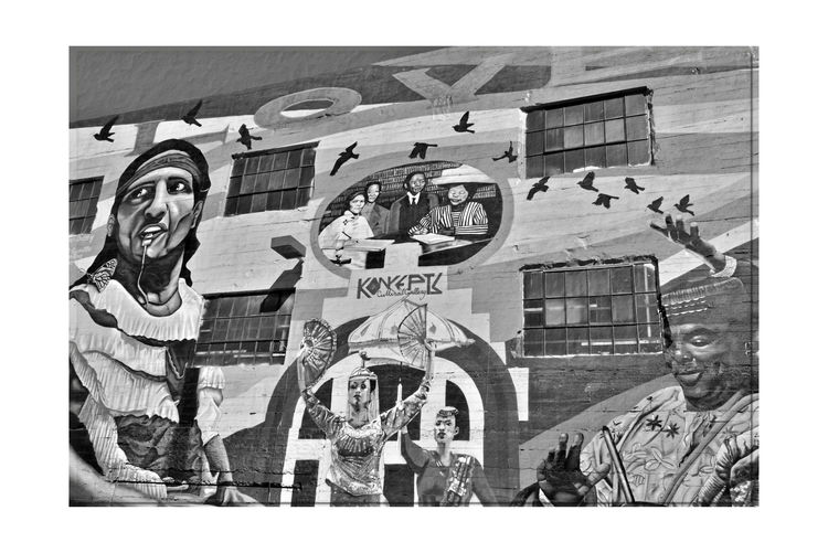Alice Street Murals 8 Oakland, Ca. City Walk CRP Community Rejuvenation Project Public Art CRP Is A Non-profit Artist Collective Arts Culture Main Artists : Desi Mundo And Pancho Peskador Mural Art Bnw_friday_eyeemchallenge Bnw_graffitti/streetart Urban Life City History Alice Street Murals Community Beautification Monochrome_Photography Monochrome Black & White Black & White Photography Black And White Black And White Collection  Urban Photography Koncepts Cultural Gallery