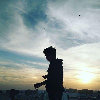 Be firki pakad ne yarr Clarendon Uttarayan Patang Sunday Skyline Ahmedabad Instagram_ahmedabad India