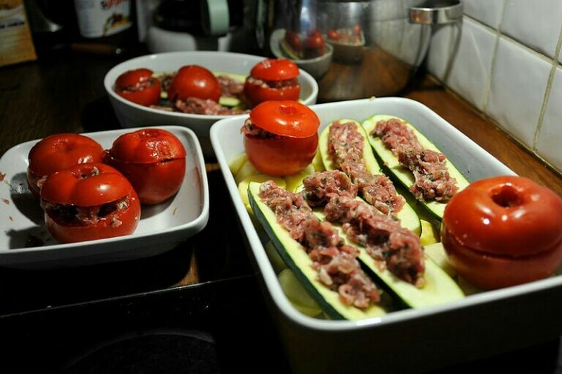 A typical lunch in France Food Foodporn Tomates Farcies Courgettes Farcies Family Nikon D700 Tomatoes