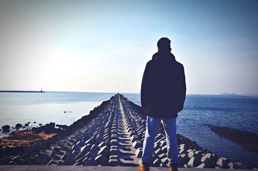 旧图重发 Seaside Lighthouse Lonely Coldweather Long Way To Go... Farawayfromhome
