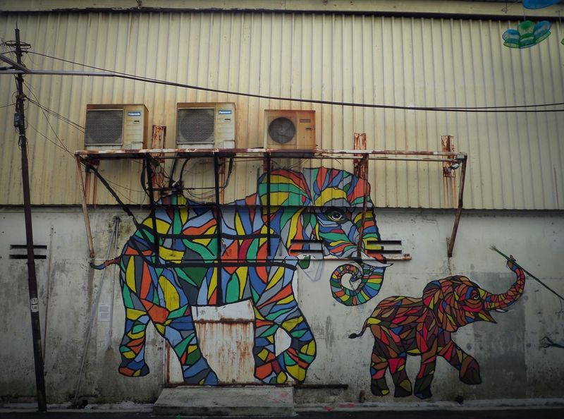 Wall - Building Feature Graffiti Built Structure Multi Colored Architecture No People Building Exterior Day Outdoors