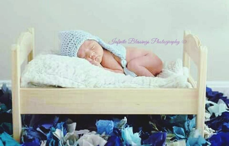 Second newborn shoot. Absoutely loved it. NewBorn Photography Check This Out Nailed It!