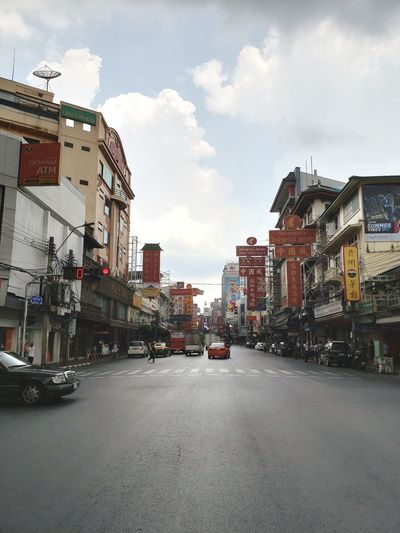 Old Chinatown Bangkok City Chiantown Chinatown Bangkok Thailand Old-fashioned Old Buildings Car City Street Sky Architecture Cloud - Sky