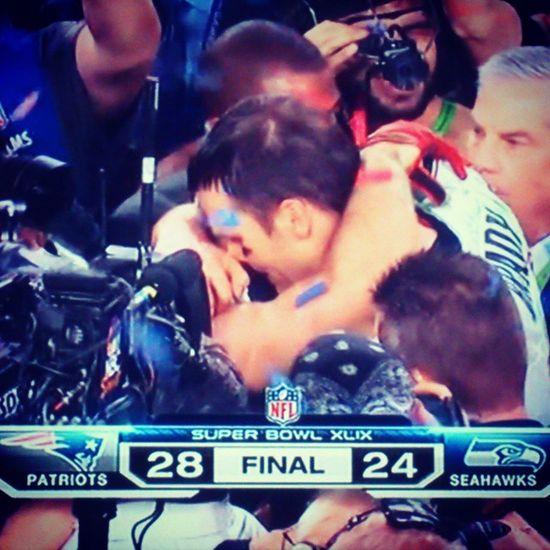 Ezért megérte ébren maradni :-D Superbowl Xlixsuperbowl Sb49 NFL Newenglandpatriots Patriots  Pats Champions Brady Tombrady 12 Finishyourjob