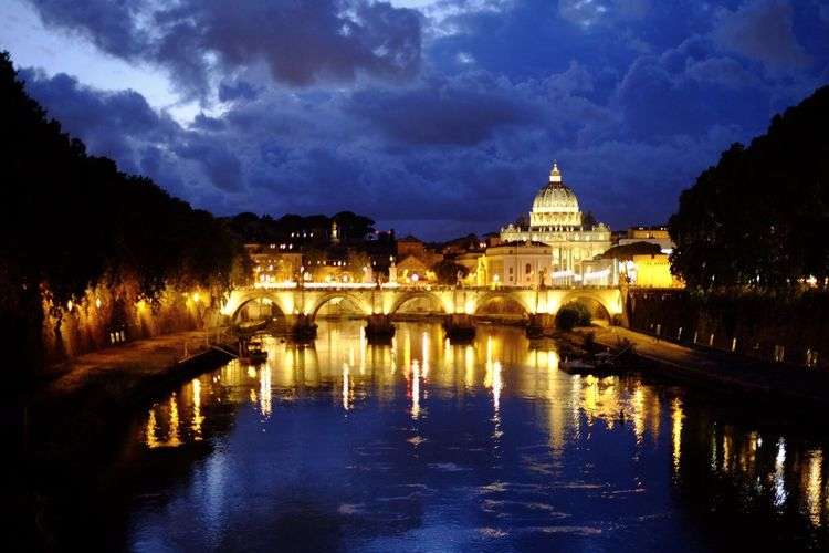 Architecture Water Sky Built Structure Reflection Illuminated Cloud - Sky Building Exterior Night Waterfront No People Outdoors River Nature Roma Rome Italia Italy Nightphotography Night Lights Night Photography Night View