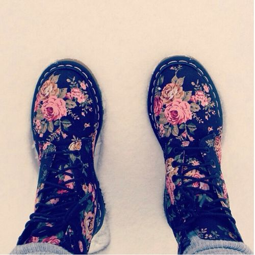 Flowers Shoes Love Green Pink Snow Red Cold Black Brown Dr Martens
