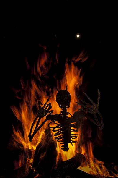Daemon Demon Demonio Feuerwerk Fire Fuego Hell Hölle Infierno