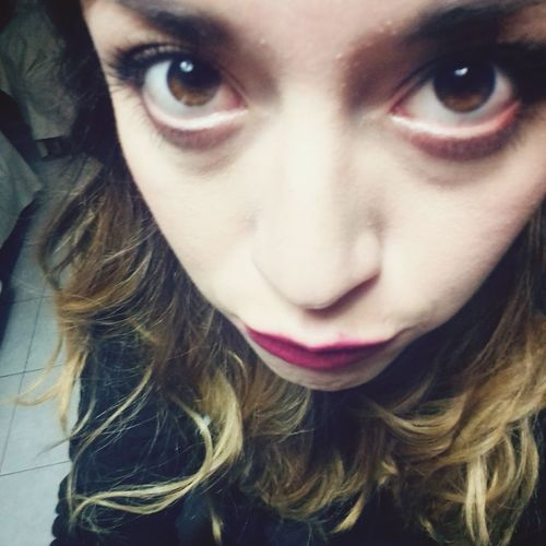 Girl Ojos Drugs