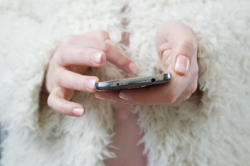 French Manicure Holding Hands Holding Mobile Phone Mobile Phone Nailpolish Wintertime Close-up Cold Temperature Communication Fashion&love&beauty Fashionista Frenchmanicure Fur Fur Coat Holding Human Hand Mobile Phone One Person Pastel Pink Portable Information Device Smart Phone Technology Using Mobile Wireless Technology Woman In White