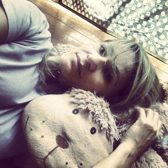Boatarde ☀ Horadoalmoco Descansando Pqeumereço  Caradecansada Selfie 📷 Brasília Df Amotudoisso ♥ Vamosquevamos ObrigadaDeus DeusNoComando SorrirSempre Sendofeliz Teuamornãomuda Teuamornaofalha Trampo
