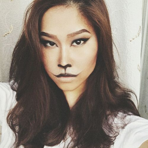 Makeup Halloween Makeup Cat That's Me Beautiful Girl Halloween Lion Fashion&love&beauty Cat Eyes Catmakeup