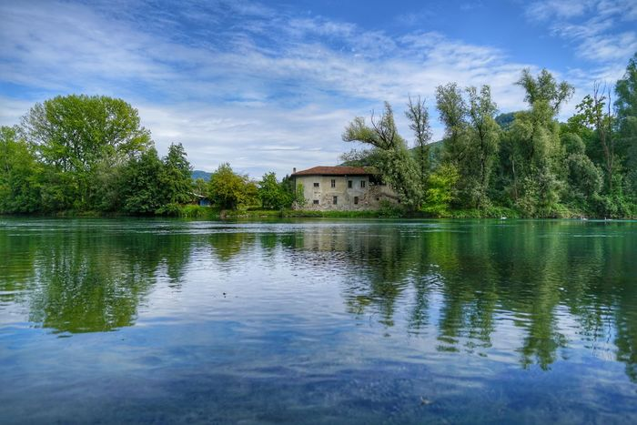 Reflection Water Lake Tree Outdoors Tranquility Sky No People Travel Destinations Day Beauty In Nature Nature Sonya7rm2 Sony A7rm2 Sal24f20z EyeEm Selects Trees Alberi Adda Fiume Adda River Tree Casotto