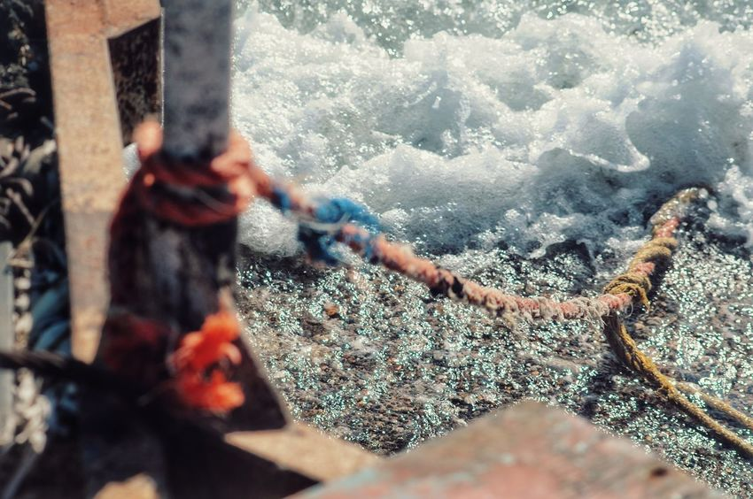 Rusty Metal Rope By The Sea From My Point Of View Depth Of Field Perspective Seaside Seashore Bokeh Still Life StillLifePhotography Rusty Things Rope Swing Forgotten Things Rustic Ropeway Rusty Rope Malephotographerofthemonth