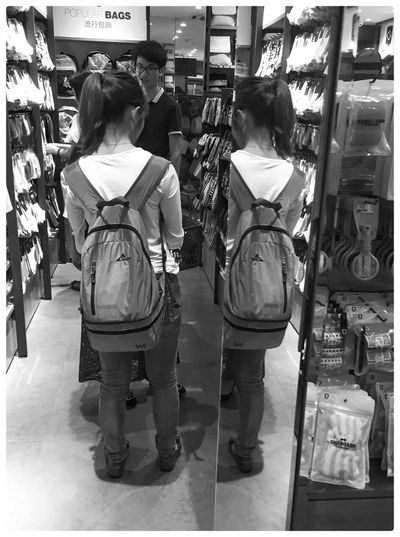 Street Photography 中国 黑白 Reflections China Photos