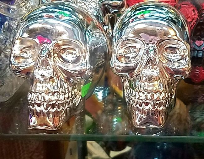 Creativity Two Is Better Than One Vibrant Color Eyeemphoto Taking Photos Colour Of Life Color Palette Hello World Check This Out Still Life All My Friends Are Heathens Close-up Art And Craft Skullhead Skulls Street Photography The Magic Mission
