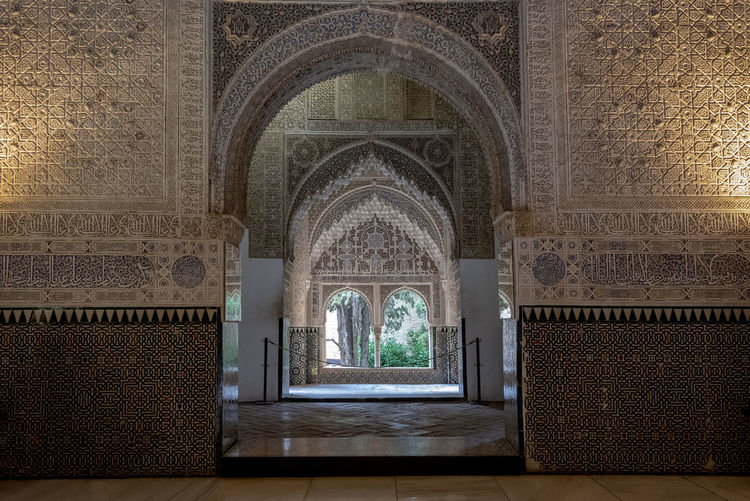 interior of Alhambra, Granada, Spain Alhambra Alhambra De Granada  Interior Spain Architecture SPAIN Arabic Style Architecture Arch Built Structure The Past History Indoors  Religion Day Travel Destinations Building Wall - Building Feature No People Craft Belief Place Of Worship Art And Craft Ancient Flooring Design Architectural Column Ornate