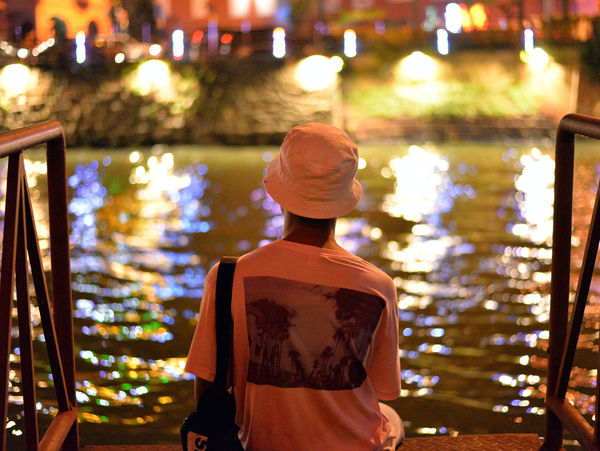 Mar'18: Pondering his past, his future on the majestic Melaka River Malaysia Photography Malaysia Truly Asia Malaysian Food Melaka Melaka , Malaysia Melaka Heritage City Night Lights Nightphotography River View Riverside Adult Architecture Bokeh Lights Casual Clothing Clothing Focus On Foreground Hat Illuminated Leisure Activity Lifestyles Malaysia Malaysia Scenery Malaysian Malaysianphotographer Melaka Malaysia The World Heritage Melaka Photos Melakariver Men Nature Night Nightlife One Person Real People Rear View River Riverbank Riverscape Riverside Photography Standing Waist Up Water EyeEmNewHere