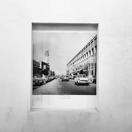 EyeEm Selects Architecture DXB Bahrain Kuwait Abudhabi Vacations Lifestyles Built Structure Travel Art Arts Culture And Entertainment Arab Brokenmirror Wall Bnwphotography Bnw Photograph Minimal Minimalart Picture Frame Futuristic Minimalism Brick Wall EyeEmNewHere