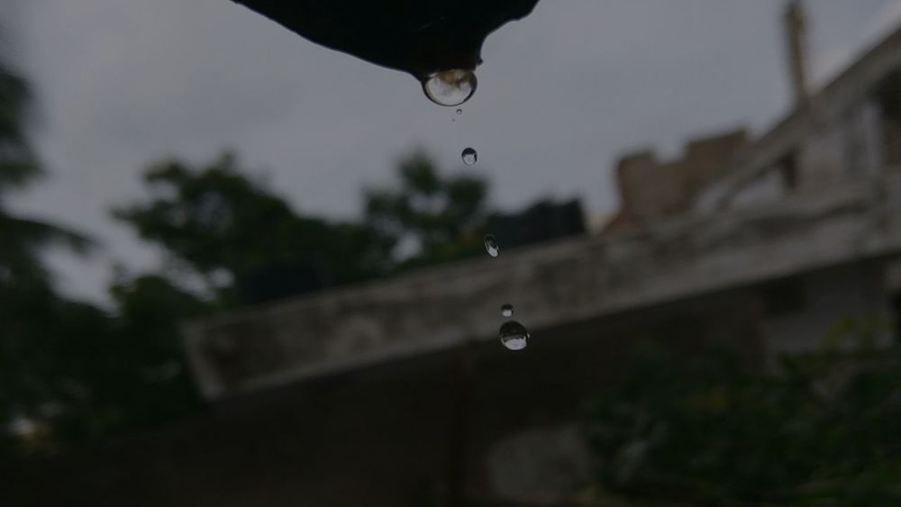 Waterdrops Droplets Droplets Collection Phone Photography Falling Drops Perfect Timing Perfect Shot Droplet Of Water ... Rainy Days☔ RedmiNotePhotography Enjoying The Moment Redmi Note 3 Droplet Reflection