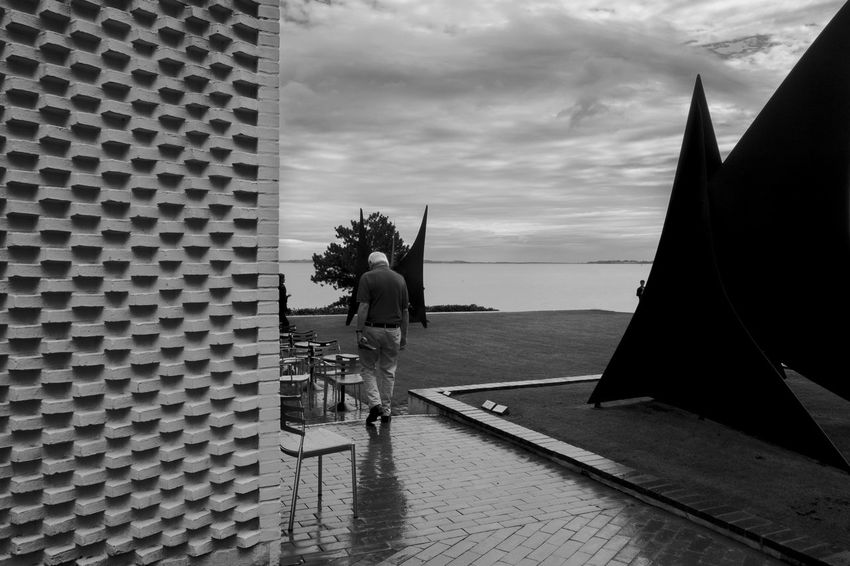 Archineos Architecture B&n B&w Bianco E Nero Black And White Blanco Y Negro Copenhagen Denmark Humlebæk København Landscape Louisiana Louisiana Museum Of Modern Art Monochrome Outdoors People Real People Sea Silhouette Sky Ugo Villani