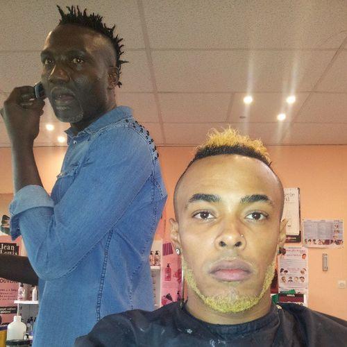 Mon Sorcier ma Soigne de ouff , Thx Narcisse .... @docteurwizzi ton collegue ma mis yes yes '' barber barberlove love tbt en instantané instagood instanice pics blackpeople blond blondax newcoupe French paris '' banlieue sevran ...