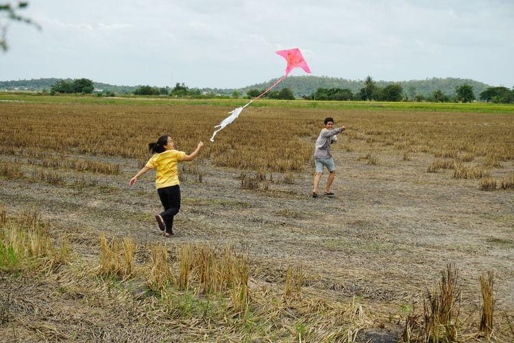 play kite Kite