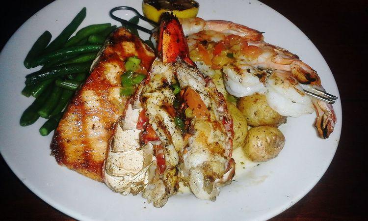 Seafood Shrimp Salmon Lobster Red Lobster  Seafoodporn SeafoodLover Seafood Yum:) Seafoodplatter Seafoods