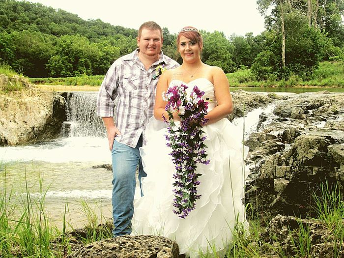 Enjoying Life Husbandandwife Iloveyou❤ Taking Photos Dillonsmill Married Couple Brideandgroom Waterfall
