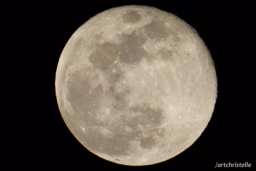 Getty Images Astronomy Beauty In Nature Carte Postale Full Moon Moon Moon Surface Night Planetary Moon Space Exploration Tranquility