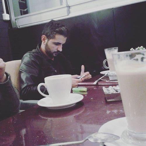 Renova Coffee Coffrelatte Friends Dostmuhabbeti Latteart . Kahve içmekten sakın vazgeçmeyin üstad . Çay dert anlattırır , kahve muhabbet etirir .