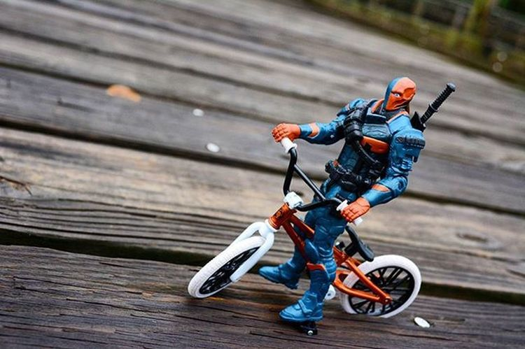 Anybody wanna go for a ride? Toyonlocation Toy_nerds Deathstroke Dccomics SuicideSquad Bmx  Bike Bicycle Toyphotography Tinylife Capturedplastic Ata_dreadnoughts _tyton_ Toyark Pensacola_toynerds Sundayride Toygroup_alliance Toyoutsiders Toptoyphotos Toydiscovery Toyslagram Toyjuice